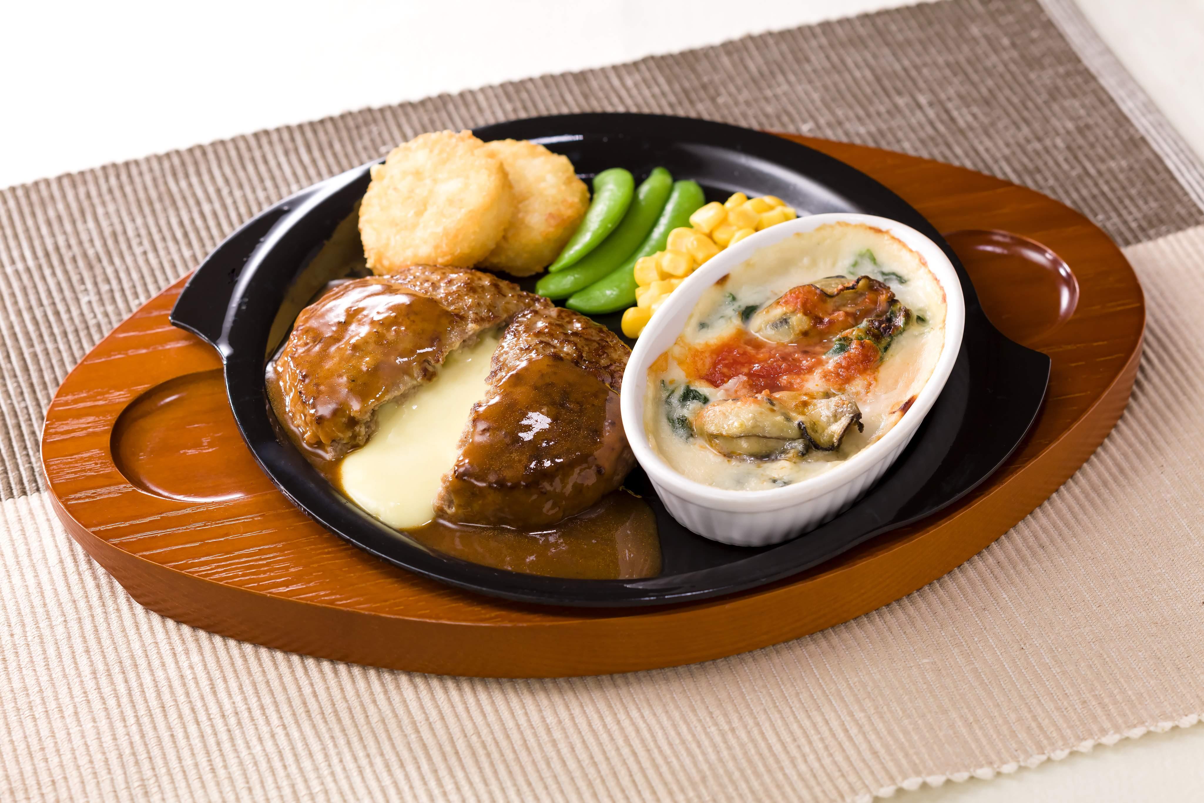 チーズ IN ハンバーグ&牡蠣のクリーミーグラタン