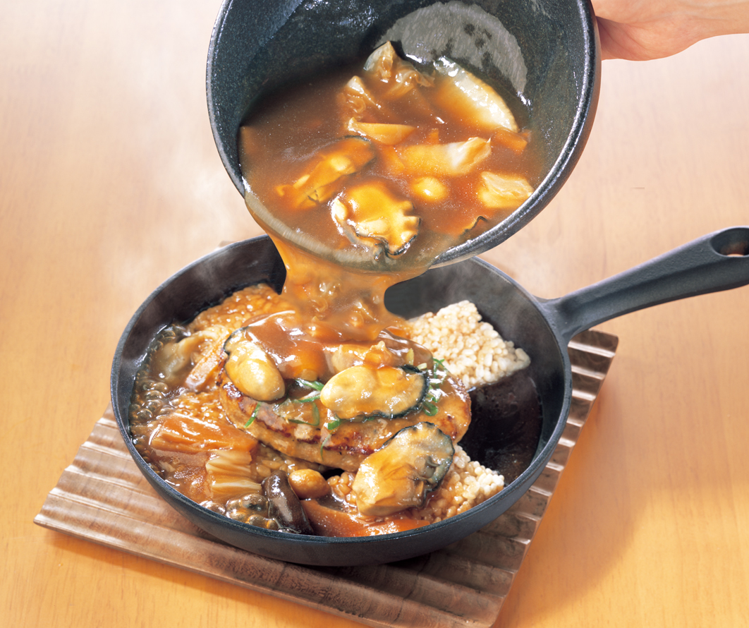 牡蠣とおこげのハンバーグ