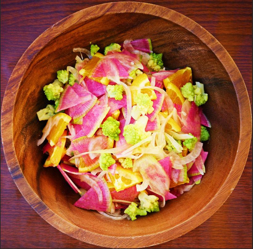 ロマネスコと紅芯大根のサラダ
