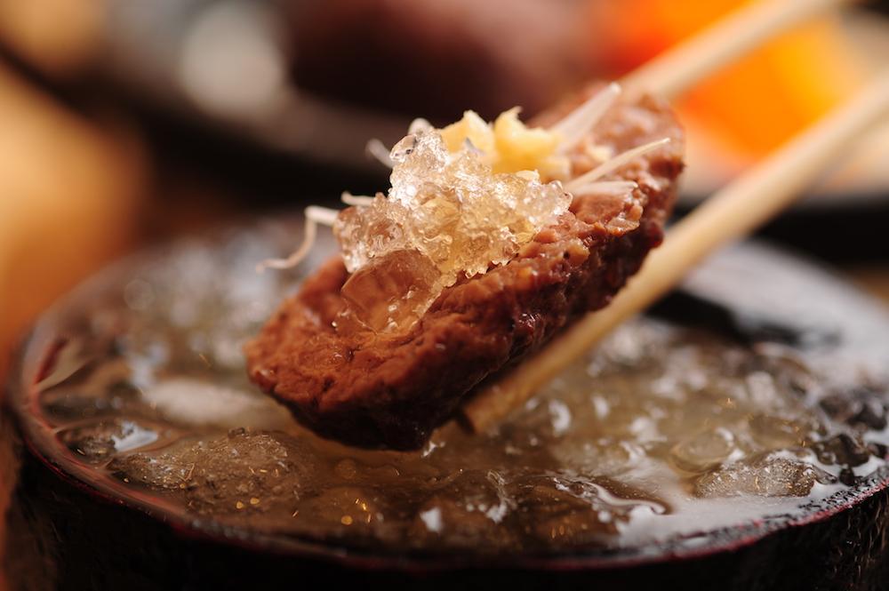 ハンバーグ専門店「和牛贅沢ハンバーグ翔山亭」のみぞれ出汁の冷やしハンバーグ